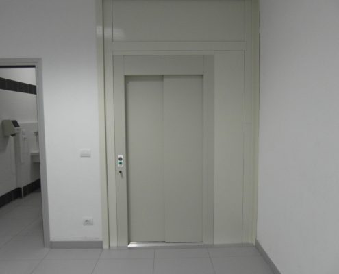 Porta scorrevole per ascensore chiusura sx , colore avorio
